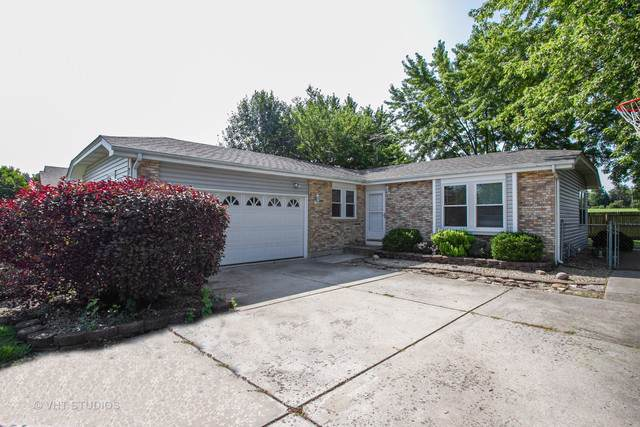 7565 W Glenshire Drive, Frankfort, IL 60423 (MLS #10464211) :: Property Consultants Realty
