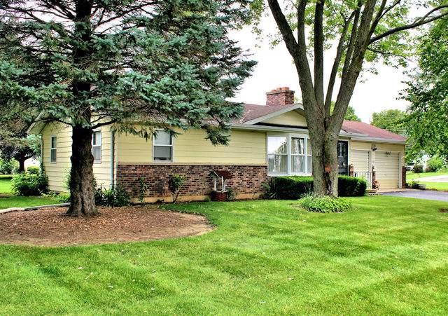 1716 Lake Holiday Drive, Lake Holiday, IL 60548 (MLS #10469840) :: The Wexler Group at Keller Williams Preferred Realty