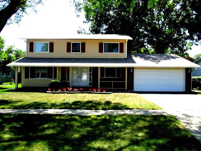 1383 Cumberland Cir West, Elk Grove Village, IL 60007 (MLS #10470715) :: The Wexler Group at Keller Williams Preferred Realty