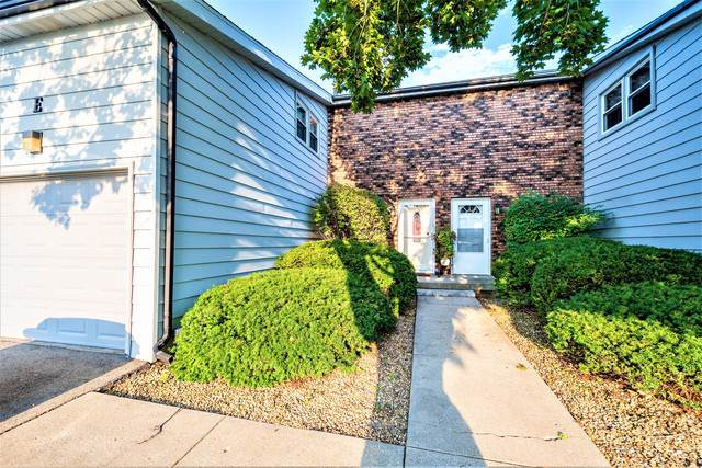 2516 E Washington Street E, Bloomington, IL 61704 (MLS #10472535) :: The Wexler Group at Keller Williams Preferred Realty