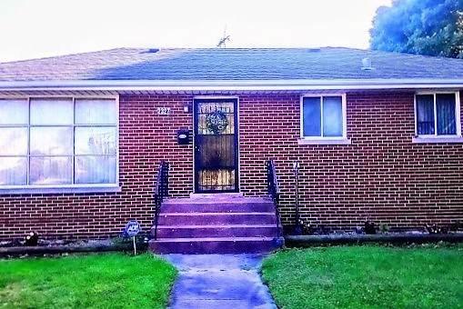 2327 W Spaulding Avenue W, Posen, IL 60469 (MLS #10475429) :: Angela Walker Homes Real Estate Group