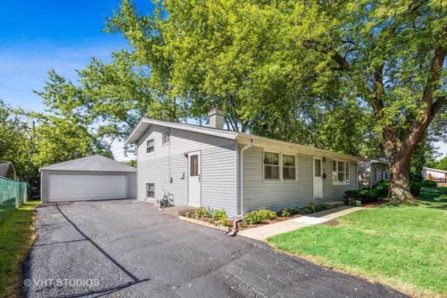 355 Tee Lane, Carpentersville, IL 60110 (MLS #10475854) :: The Wexler Group at Keller Williams Preferred Realty