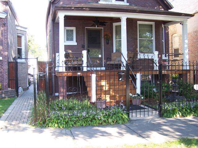 2213 N Kostner Avenue, Chicago, IL 60639 (MLS #10475929) :: The Perotti Group | Compass Real Estate