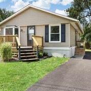 1518 Woodridge Drive, Round Lake Beach, IL 60073 (MLS #10487021) :: Property Consultants Realty