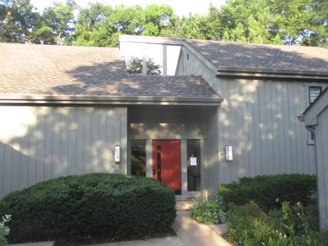 510 N Woodview Road C, Lake Barrington, IL 60010 (MLS #10489076) :: Lewke Partners