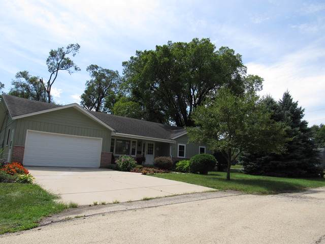 108 E 2nd Avenue, New Lenox, IL 60451 (MLS #10489422) :: Property Consultants Realty