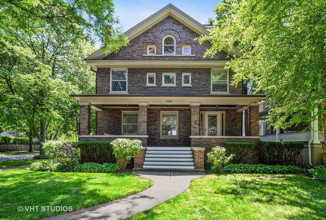 1101 Forest Avenue, Wilmette, IL 60091 (MLS #10489622) :: Berkshire Hathaway HomeServices Snyder Real Estate