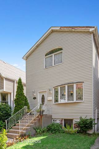 3511 N Hoyne Avenue, Chicago, IL 60618 (MLS #10489905) :: The Perotti Group | Compass Real Estate
