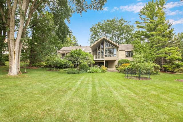661 Leon Drive, Tower Lakes, IL 60010 (MLS #10490407) :: Berkshire Hathaway HomeServices Snyder Real Estate