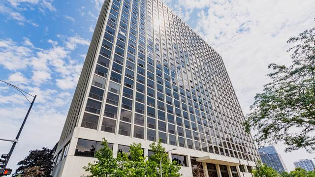 4343 N Clarendon Avenue #1014, Chicago, IL 60613 (MLS #10491744) :: Berkshire Hathaway HomeServices Snyder Real Estate