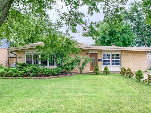 2521 Victor Avenue, Glenview, IL 60025 (MLS #10491759) :: Berkshire Hathaway HomeServices Snyder Real Estate