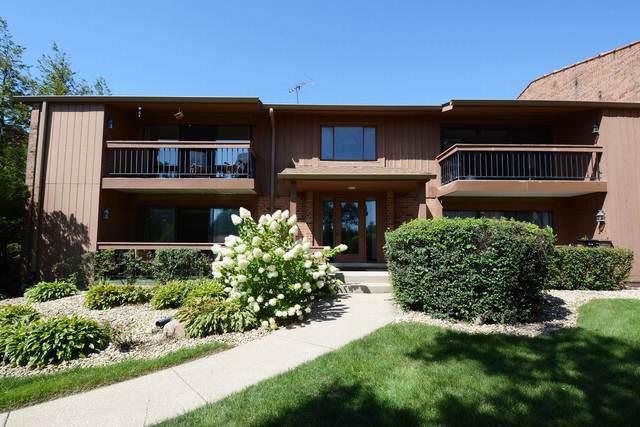 7998 S Garfield Avenue #4, Burr Ridge, IL 60527 (MLS #10493252) :: Berkshire Hathaway HomeServices Snyder Real Estate