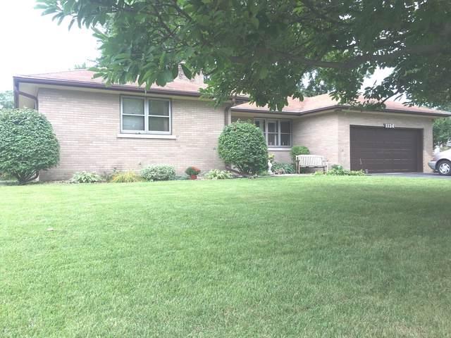 1124 W Hawkins Street, Kankakee, IL 60901 (MLS #10493422) :: Angela Walker Homes Real Estate Group
