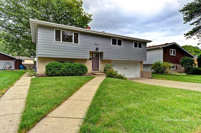 11 N Grant Drive, Addison, IL 60101 (MLS #10494458) :: Berkshire Hathaway HomeServices Snyder Real Estate