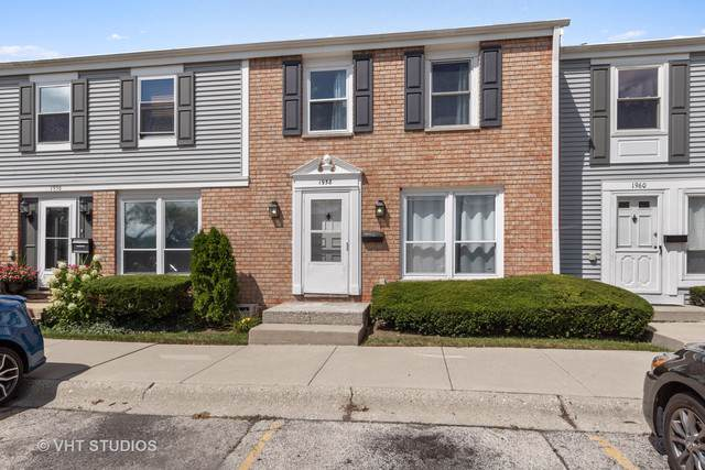 1958 Chelmsford Place, Hoffman Estates, IL 60169 (MLS #10494972) :: Berkshire Hathaway HomeServices Snyder Real Estate