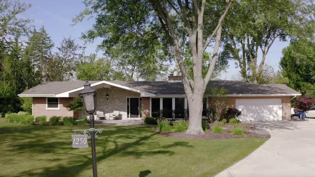 1250 Cedarcrest Lane, Bannockburn, IL 60015 (MLS #10504704) :: The Spaniak Team