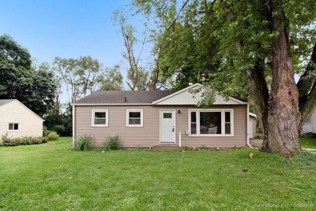 29 Hill Drive, Crystal Lake, IL 60014 (MLS #10510000) :: Lewke Partners