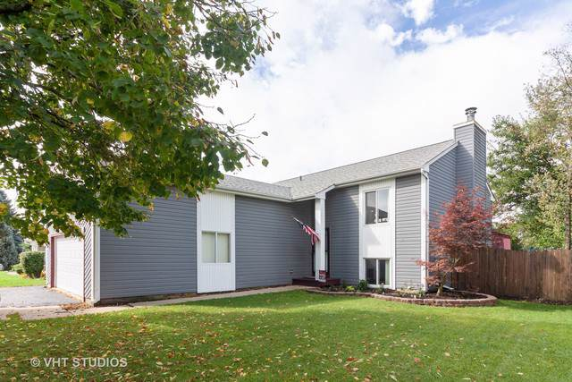 2395 Blue Spruce Lane, Aurora, IL 60502 (MLS #10511635) :: Property Consultants Realty