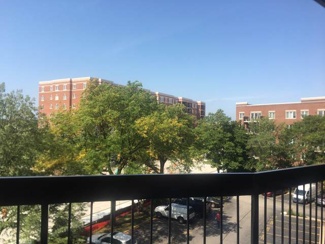 711 S River Road #405, Des Plaines, IL 60016 (MLS #10517210) :: Property Consultants Realty