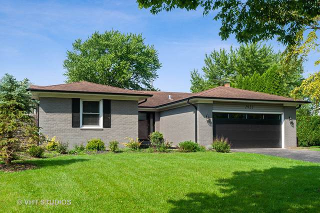 2922 Lexington Lane, Highland Park, IL 60035 (MLS #10518713) :: Littlefield Group