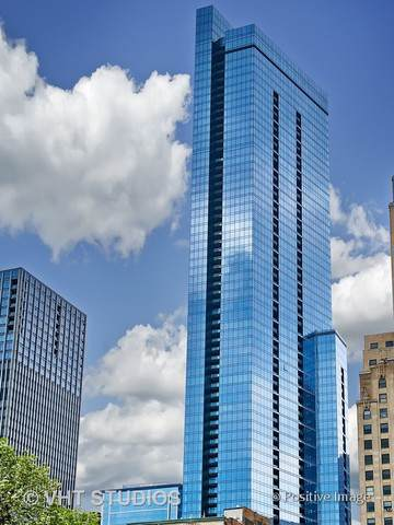 60 E Monroe Street #4007, Chicago, IL 60603 (MLS #10524970) :: Helen Oliveri Real Estate