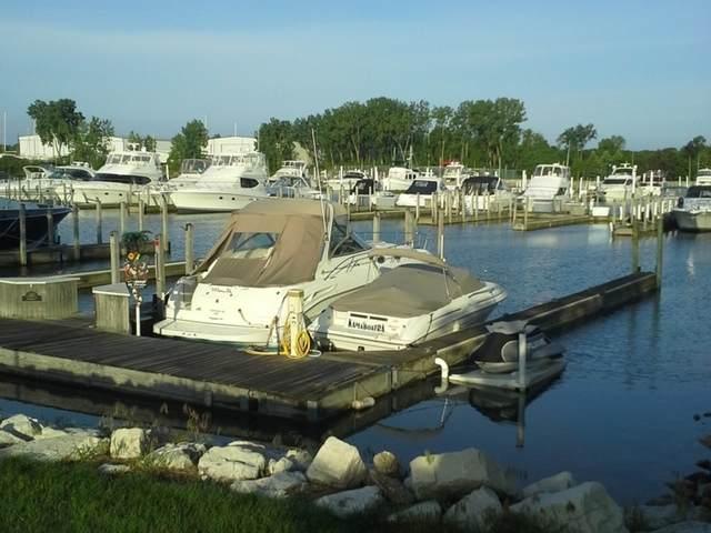 12800 Lakeshore Drive A-18, Pleasant Prairie, WI 53158 (MLS #10527043) :: Littlefield Group