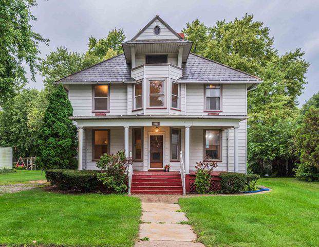 514 Maple Street, Chenoa, IL 61726 (MLS #10531228) :: BNRealty