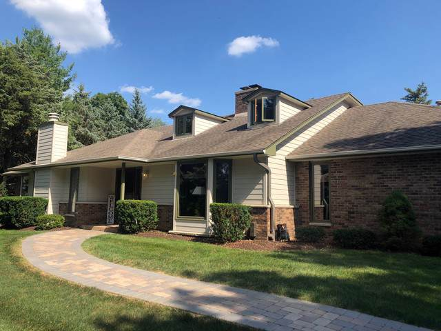 10521 Country Club Road, Woodstock, IL 60098 (MLS #10531443) :: Suburban Life Realty