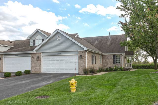 9743 W 154th Street #9743, Orland Park, IL 60462 (MLS #10538792) :: Angela Walker Homes Real Estate Group