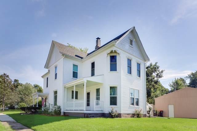 401 E Columbia Street, Danvers, IL 61732 (MLS #10539812) :: Janet Jurich Realty Group