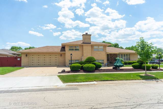 2537 Wellington Avenue, Westchester, IL 60154 (MLS #10543080) :: Angela Walker Homes Real Estate Group