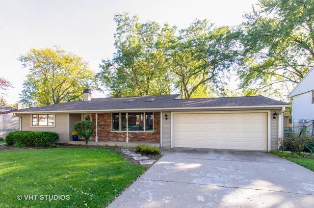 1111 Beechwood Road, Buffalo Grove, IL 60089 (MLS #10547903) :: Helen Oliveri Real Estate