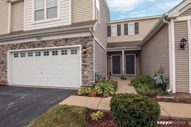 1923 Cobblestone Drive, Carpentersville, IL 60110 (MLS #10555096) :: Property Consultants Realty