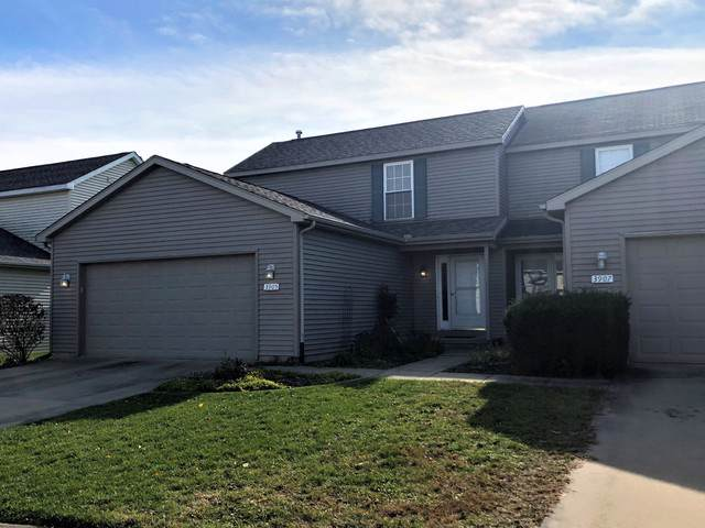3905 Balmoral Drive #3905, Champaign, IL 61822 (MLS #10560866) :: Property Consultants Realty
