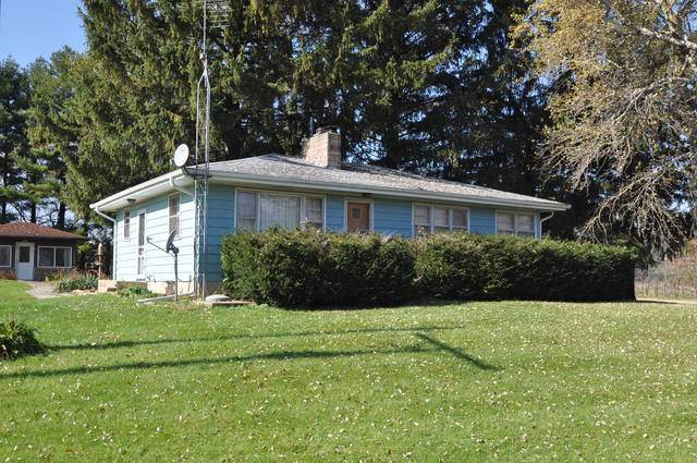1491 E Plum Hill Road, Leaf River, IL 61047 (MLS #10561825) :: Lewke Partners