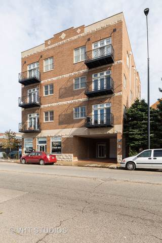 4037 N Pulaski Road 2B, Chicago, IL 60641 (MLS #10565411) :: Baz Realty Network | Keller Williams Elite