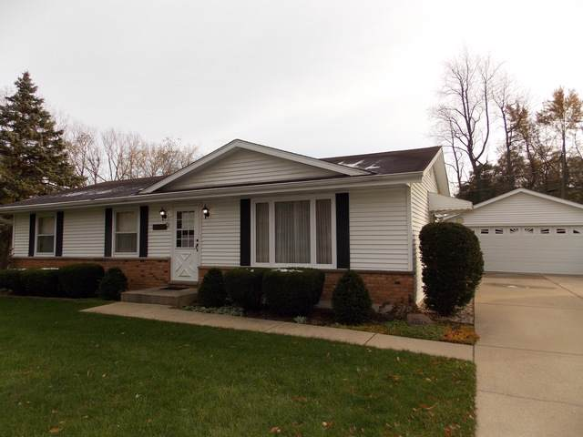 10035 W Bairstow Avenue, Beach Park, IL 60087 (MLS #10566051) :: Littlefield Group