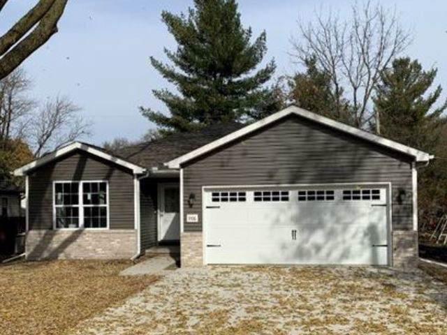 906 E Chestnut Street, MONTICELLO, IL 61856 (MLS #10571984) :: Ani Real Estate