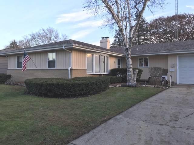 1675 Lin Lor Lane, Elgin, IL 60123 (MLS #10575254) :: Angela Walker Homes Real Estate Group