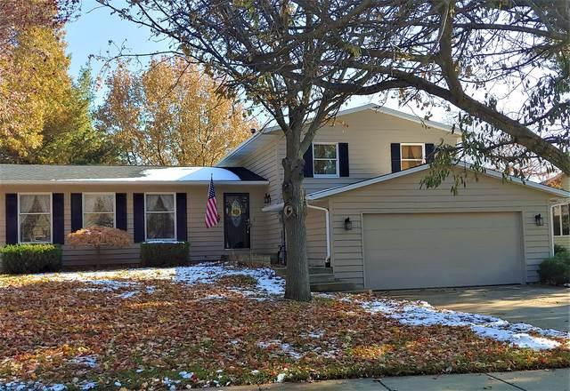 904 Fawn Drive, Mahomet, IL 61853 (MLS #10575799) :: Littlefield Group