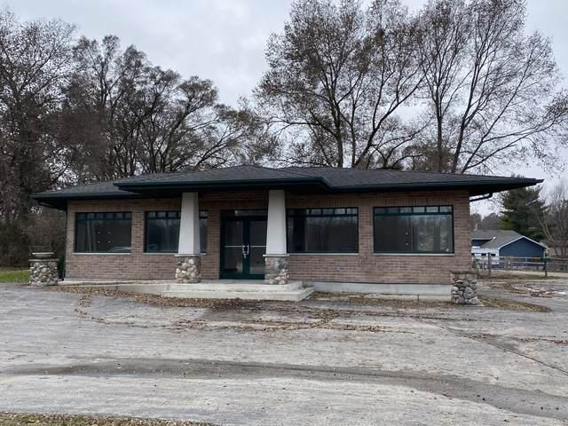 821 Rand Road, Lakemoor, IL 60051 (MLS #10577036) :: Lewke Partners