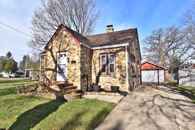 370 W Middle Street, South Elgin, IL 60177 (MLS #10581546) :: Angela Walker Homes Real Estate Group