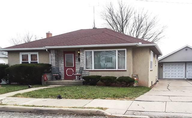 416 8th Street, Peru, IL 61354 (MLS #10583572) :: The Perotti Group | Compass Real Estate