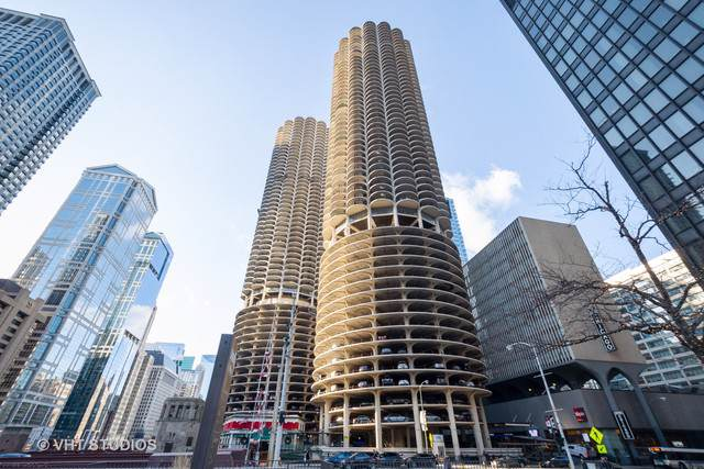 300 N State Street #3808, Chicago, IL 60654 (MLS #10587044) :: Property Consultants Realty