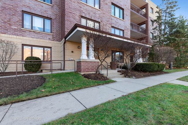 650 Laurel Avenue #104, Highland Park, IL 60035 (MLS #10589238) :: Ani Real Estate