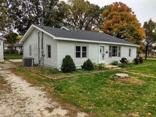 1051 S Union Street, Paxton, IL 60957 (MLS #10590192) :: Angela Walker Homes Real Estate Group