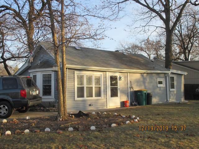 11 W Grand Avenue, Fox Lake, IL 60020 (MLS #10593059) :: The Wexler Group at Keller Williams Preferred Realty