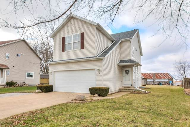 920 Country Lane, LEROY, IL 61752 (MLS #10598834) :: Berkshire Hathaway HomeServices Snyder Real Estate