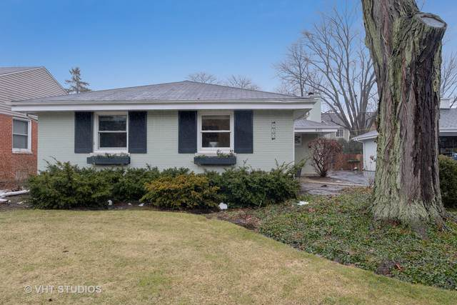 930 Hunter Road - Photo 1