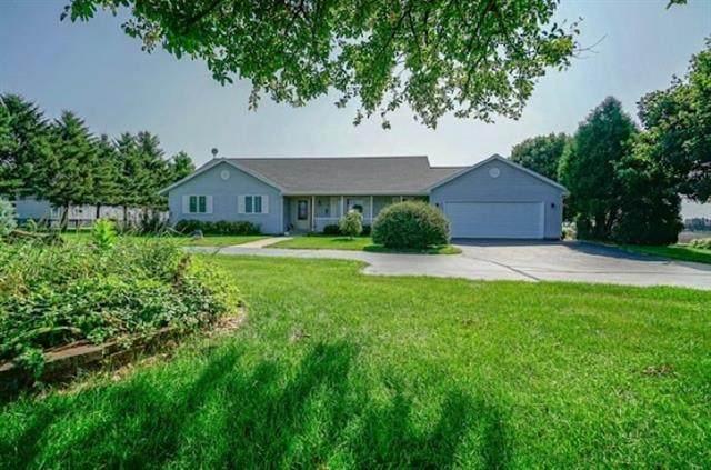 8275 N Kilbuck Road, Monroe Center, IL 61052 (MLS #10606055) :: Property Consultants Realty